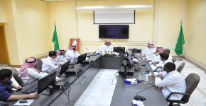 اجتماع المجلس الاستشاري الطلابي بكلية الدراسات التطبيقية وخدمة المجتمع