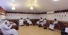 مركز التوجيه والارشاد يقيم فعالية توعوية حول الصحة النفسية بالخيمة الارشادية