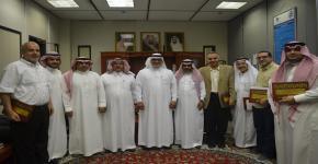 تكريم المشاركين في مؤتمر الأثر الاقتصادي للتراث الوطني