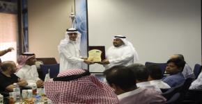 منسوبو معهد الملك عبدالله لتقنية النانو يشكرون د. عبدالله بن محمد الزير