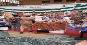 صندوق الطلاب يشارك إدارة المنح في مهرجان تراث الشعوب