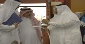 وكيل الجامعة للدراسات العليا والبحث العلمي يزور معهد الملك عبدالله لتقنية النانو