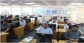 كلية المجتمع تنظم ورش عمل في التعليم الالكتروني