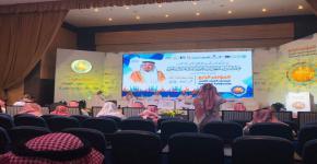طالب من كلية العمارة والتخطيط يشارك في مؤتمر مبادرات الشباب العربي والمسئولية المجتمعية