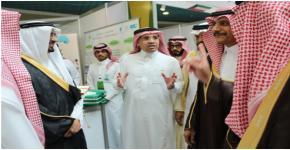 كلية المجتمع بجامعة الملك سعود تشارك في ملتقى الجامعات الخليجية والمسئولية الاجتماعية بجامعة المجمعة