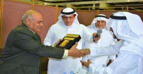 إدارة كلية الهندسة تقيم حفل توديع لحمدي يوسف
