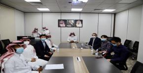 عميد شؤون الطلاب يعقد اجتماعًا مع مسئولي شركة هواوي