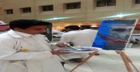 """طلاب التحضيرية بلمسات إبداعية يرسمون الجمال في """"  ورشة الفن التجريدي """""""