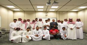 عقد الدورة السادسة من سلسلة الدورات التطويرية للطلاب في الكلية