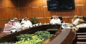 اجتماع اللجنة الاستشارية للطاقة الكهربائية بالجامعة