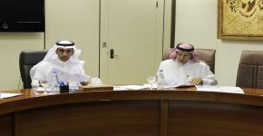 برئاسة عميد شؤون الطلاب عقد مجلس العمادة الدوري