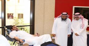 كلية الحقوق والعلوم السياسية تستضيف فعالية اقامها بنك الدم