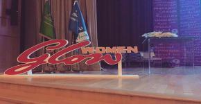 كلية اللغات والترجمة تقيم فعالية Women Glow في المدينة الجامعية للطالبات