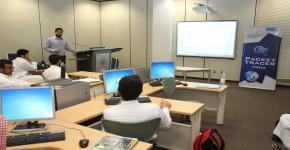 دورة في التعامل مع الشبكات للطلبة المتفوقين