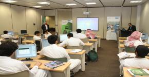 التحضيرية تقيم برنامجاً في الحاسب الآلي للطلبة المتفوقين والموهوبين