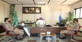 عميد كلية علوم الرياضة والنشاط البدني يستقبل رئيس الاتحاد الرياضي السعودي لقوى الأمن الداخلي