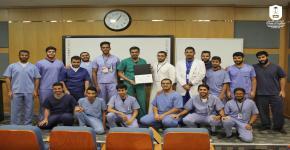 النادي الثقافي والاجتماعي في كلية طب الأسنان يُنظم ورشة عمل بعنوان: ( Class II preparation and restoration)