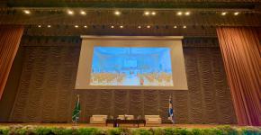 (جامعة الملك سعود تدشن اللقاء المفتوح مع معالي مدير الجامعة والرؤساء)