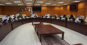 عمادة الدراسات العليا بجامعة الملك سعود تعقد إجتماعاً تشاورياً مع شركة المراعي لبحث سبل التعاون والشراكة