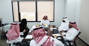 عمادة شؤون الطلاب بجامعة الملك سعود تكشف عن عدد 50 وظيفة شاغرة للطلاب والخريجين في القطاع الخاص