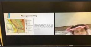 """""""عبر منصة ZOOM  بعض طلاب قسم الجيولوجيا والجيوفيزياء يناقشون مشاريع التخرج """""""
