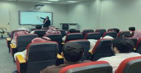 """نادي الكيمياء يُنظم دورة بعنوان """" إنتاج الطاقة المتجددة المستدامة"""""""