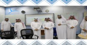 زيارة د.نياف الجابري وكيل الوزارة للتعليم - بنين يزور برامج التدريب الصيفي بالمركز