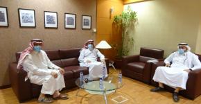 معهد الملك عبدالله لتقنية النانو يستقبل مدير تحرير مجلة الفيصل العلمية