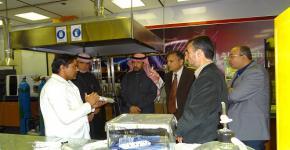 معهد الملك عبدالله لتقنية النانو يستقبل الفريق المتخصص في الأبحاث والدراسات في مجال تقوية واعادة تأهيل المنشآت
