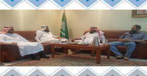 المستشار التعليمي بإدارة تعليم الرياض يقوم بزيارة للمركز