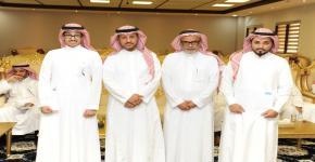 كلية العلوم تكرم الطلاب الفائزين بجوائز المسابقات العلمية الطلابية المتزامنة مع معرض استكشاف العلوم