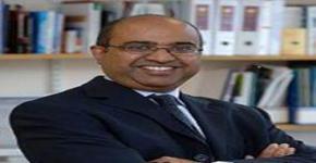 البروفيسور سوديش كومار يزور جامعة الملك سعود