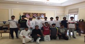 النادي الثقافي والاجتماعي يزور اللجنة الأولمبية العربية السعودية