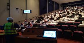 محاضرة تثقيفية تعريفية لطلاب الكلية عن مشروع قطار الرياض و أهميته