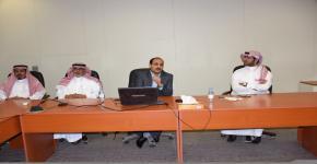 مركز البحوث يعقد أولى محاضراته التثقيفية في كلية السياحة والآثار