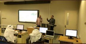 وحدة مصادر التعلم تقيم دورة في إدارة الفصول الإفتراضية التعليمية