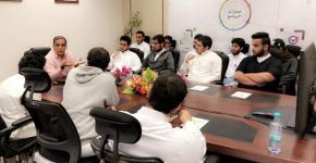 جلسة حوار مع خبير (14) لطلاب الجامعة المتفوقين