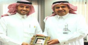 عمادة شؤون أعضاء هيئة التدريس والموظفين تكرّم الدكتور الوقيت