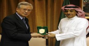 مدراء الجامعات الكورية يزورون جامعة الملك سعود