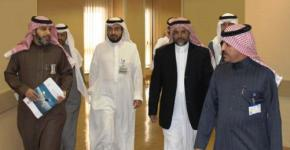 Vice Rector for Health Specializations Mohammad Al-Shehri visits King Abdulaziz University Hospital