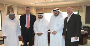 نائب رئيس جامعة نورث إيسترن الأمريكية يزور جامعة الملك سعود