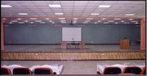 سكن طالبات يستقبل طالباته المستجدات