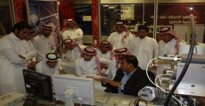 إقامة دورة تدريبية لطلاب قسم الفيزياء والفلك بكلية العلوم بجامعة الملك سعود على تشغيل المجهر الإلكتروني واستخداماته في الاختبارات الفيزيائية في معهد الملك عبدالله لتقنية النانو
